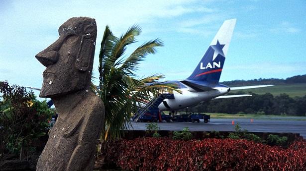 Mataveri_Airport_Easter_Island_Chile
